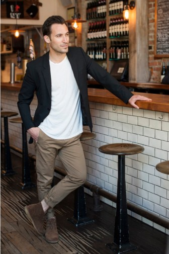 black-blazer-white-crew-neck-t-shirt-khaki-chinos-original-10